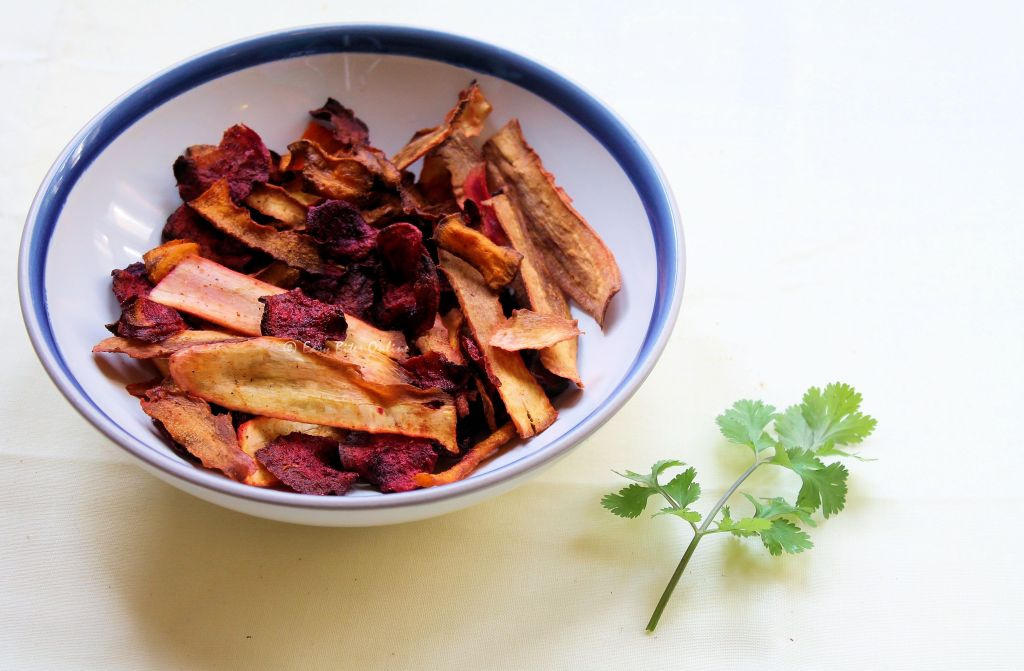 roasted veggie crisps and onion tomato chutney
