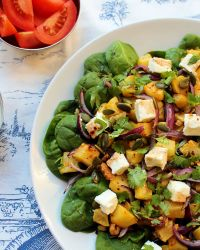 Pumpkin/Squash Salad with Spinach, Feta and Walnuts