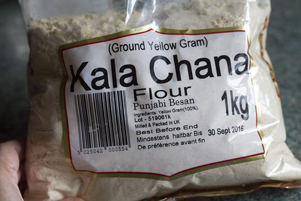 dark-chickpea-flour-for-kale-chane-ki-atte-ki-burfi
