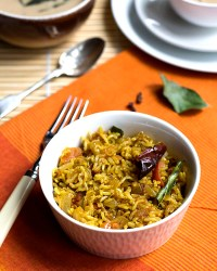 Phodnicha Bhat – Maharashtrian Spiced Rice (Single Pot Preparation)