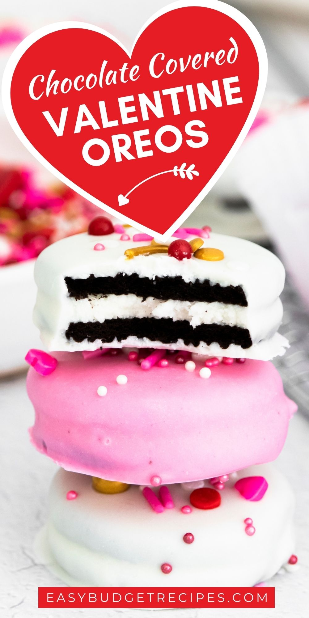 These White Chocolate Dipped Oreos are all dressed up for Valentine's Day. They're easy to make and customizable for any holiday or celebration. via @easybudgetrecipes