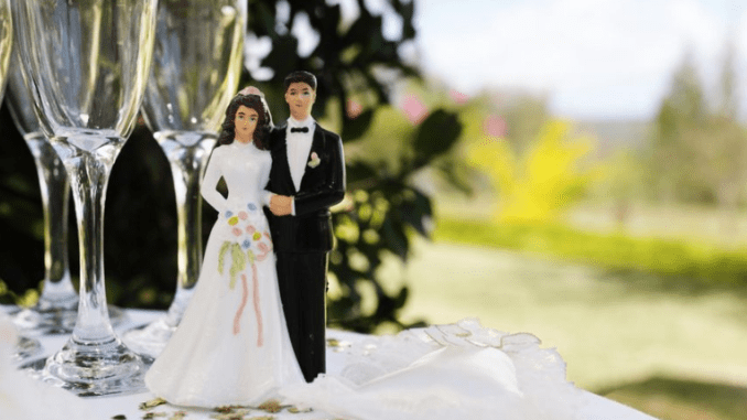 Cara Menjadi Perencana Pernikahan