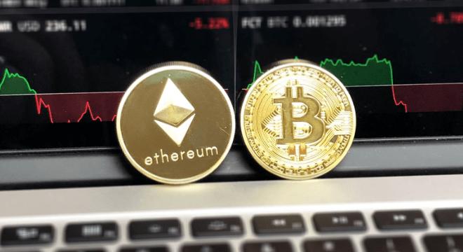 Investor bitcoin kembali panen 100 persen