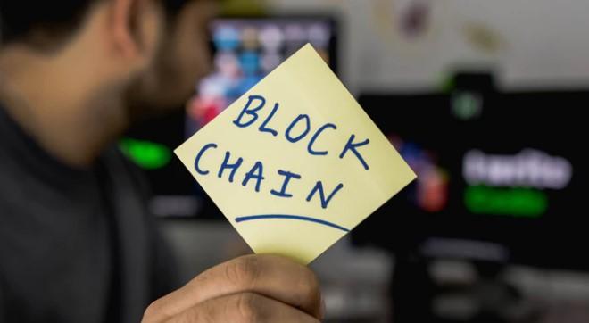 Manfaat Teknologi Blockchain di dunia Perbankan,