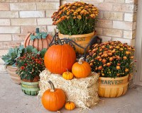 30 Eye-Catching Outdoor Thanksgiving Decorations Ideas ...