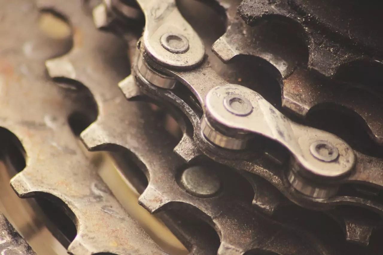 Bike gears with chain