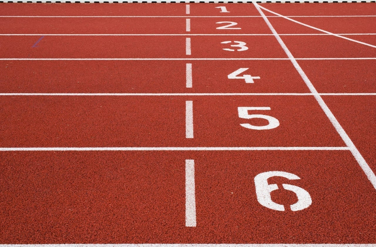 Running track numbered rows