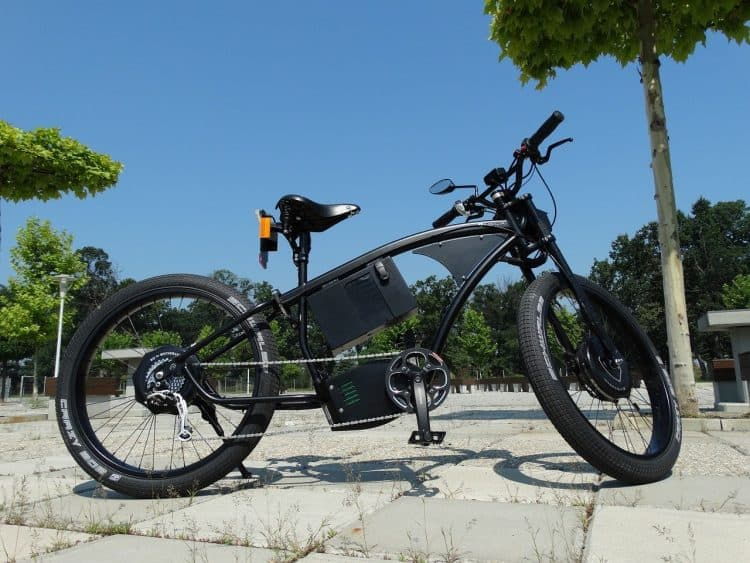 Easy E-Biking - parked fancy city e-bike, helping to make electric biking practical and fun
