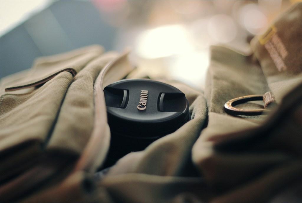 Rucksack mit Kamera