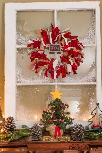 DIY Christmas rag wreath
