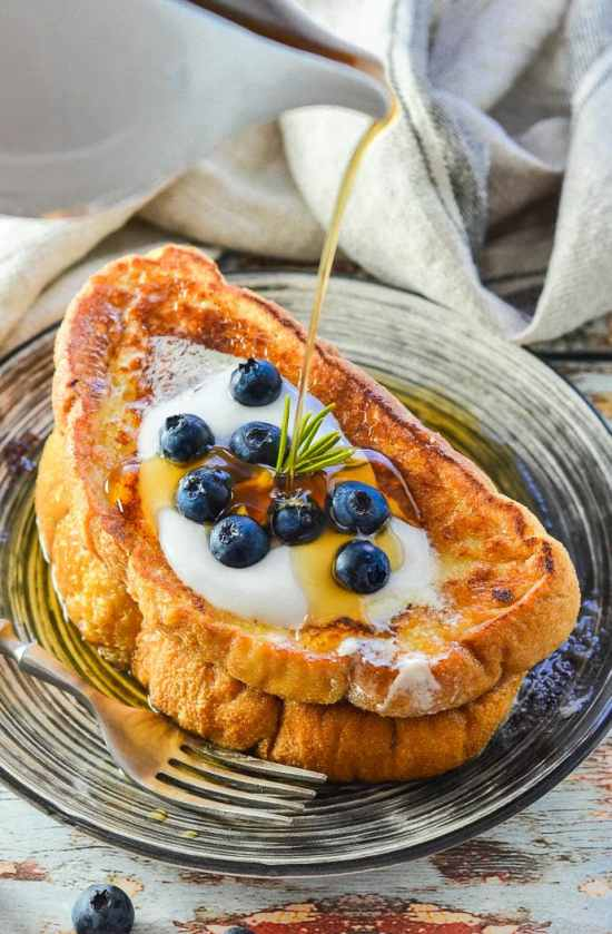 THE best Vegan French Toast ever! It's soft, sweet, vanilla scented, golden perfection & all you need to make it are a few simple ingredients & 15 minutes.