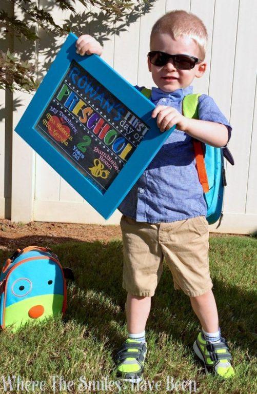 https://www.wherethesmileshavebeen.com/diy-first-day-of-school-chalkboard-sign-photo-prop/