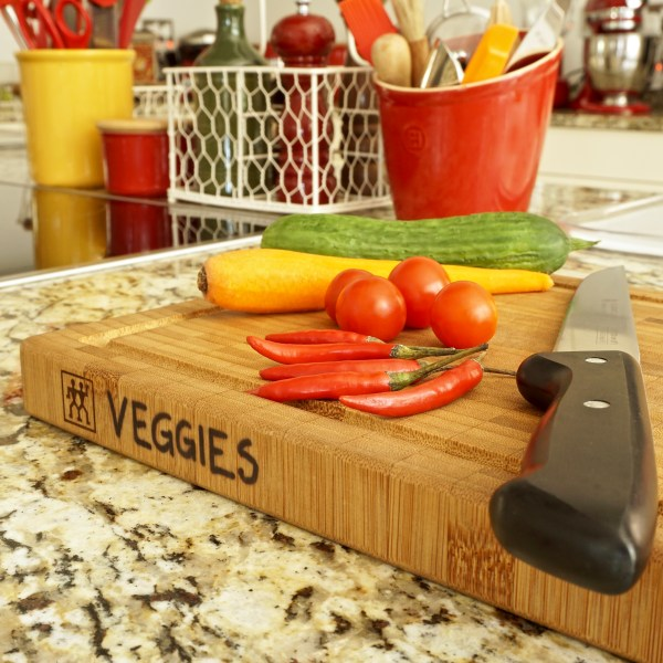 Labelling kitchen cutting boards