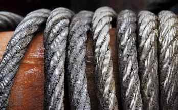 prestressed concrete-steel cables