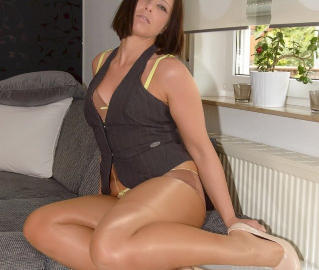Sexy Bbw Pantyhose Free  C B Free Big Tits Nude