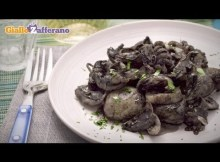 Cuttlefish in black ink sauce (seppie in nero) traditional Italian recipe (VIDEO)