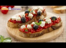 Bruschetta caprese - Italian recipe (VIDEO)