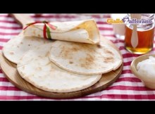 Piadina flatbread - original Italian recipe (VIDEO)