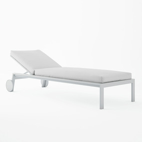 Gandia Blasco Timeless Chaiselongue with Wheels