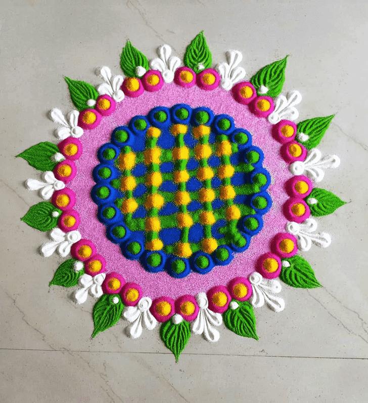 Alluring Circle Rangoli