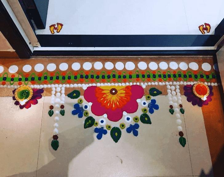Admirable Door Entrance Rangoli Design