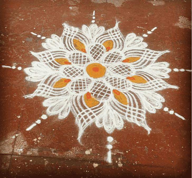 Graceful Somvati Amavasya Rangoli