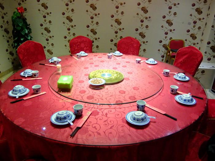 店内のテーブル