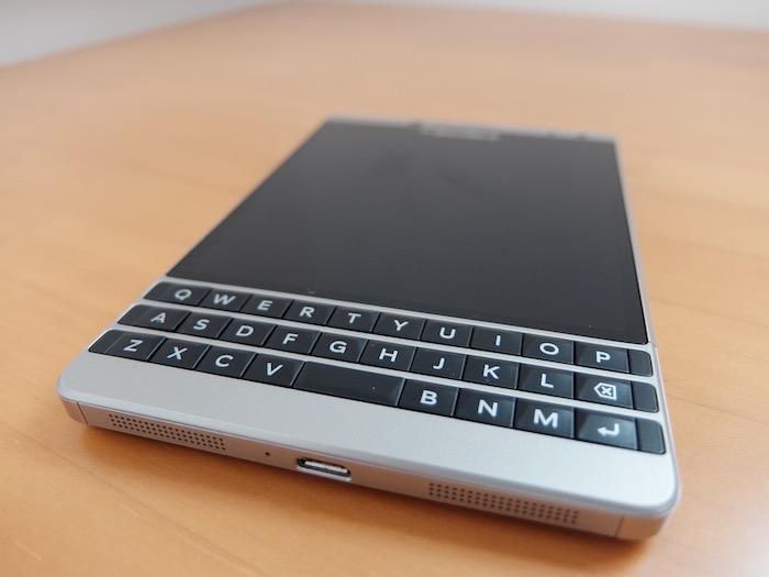 BlackBerry最大の特徴、物理キーボード