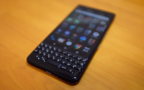 メインで使うスマホを iPhone 6 Plus から BlackBerry KEYone に替えた