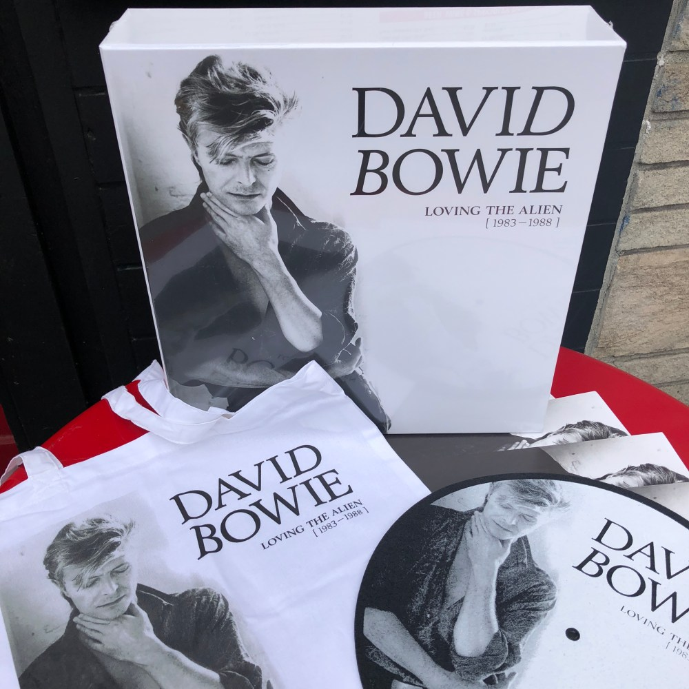 medium resolution of david bowie loving the alien 1983 1988 is the fourth in a series of box sets spanning his entire career from 1967 is out today available in both cd and