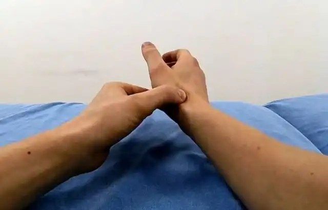 How to Crack Your Thumb - Learn Pain-Free Thumb Cracking Tips