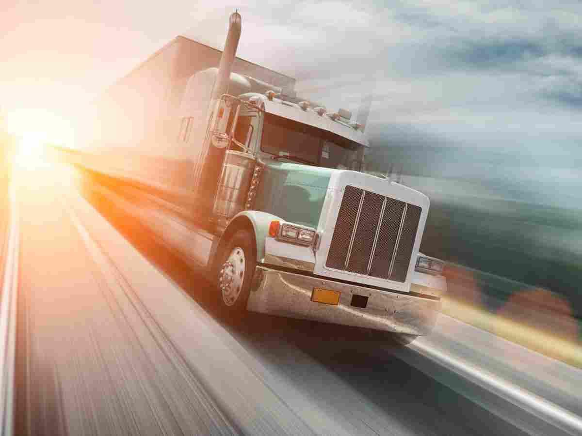 https://i0.wp.com/easywaylogistics.net/wp-content/uploads/2017/08/inner_big_trucks_08.jpg?fit=1200%2C900