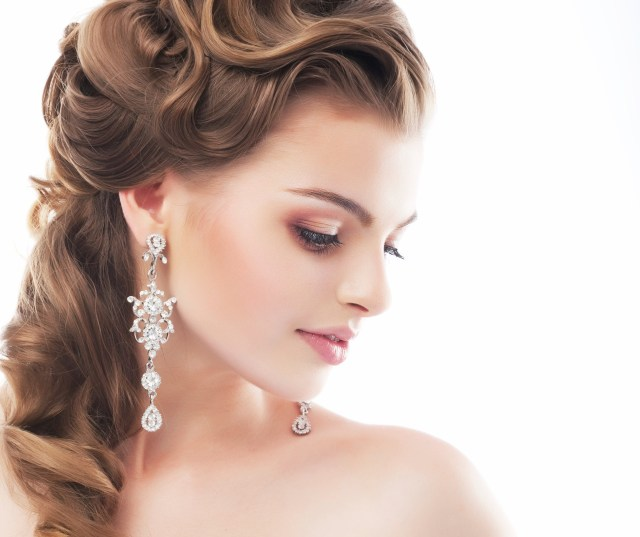 choosing wedding hairstyle - articles - easy weddings