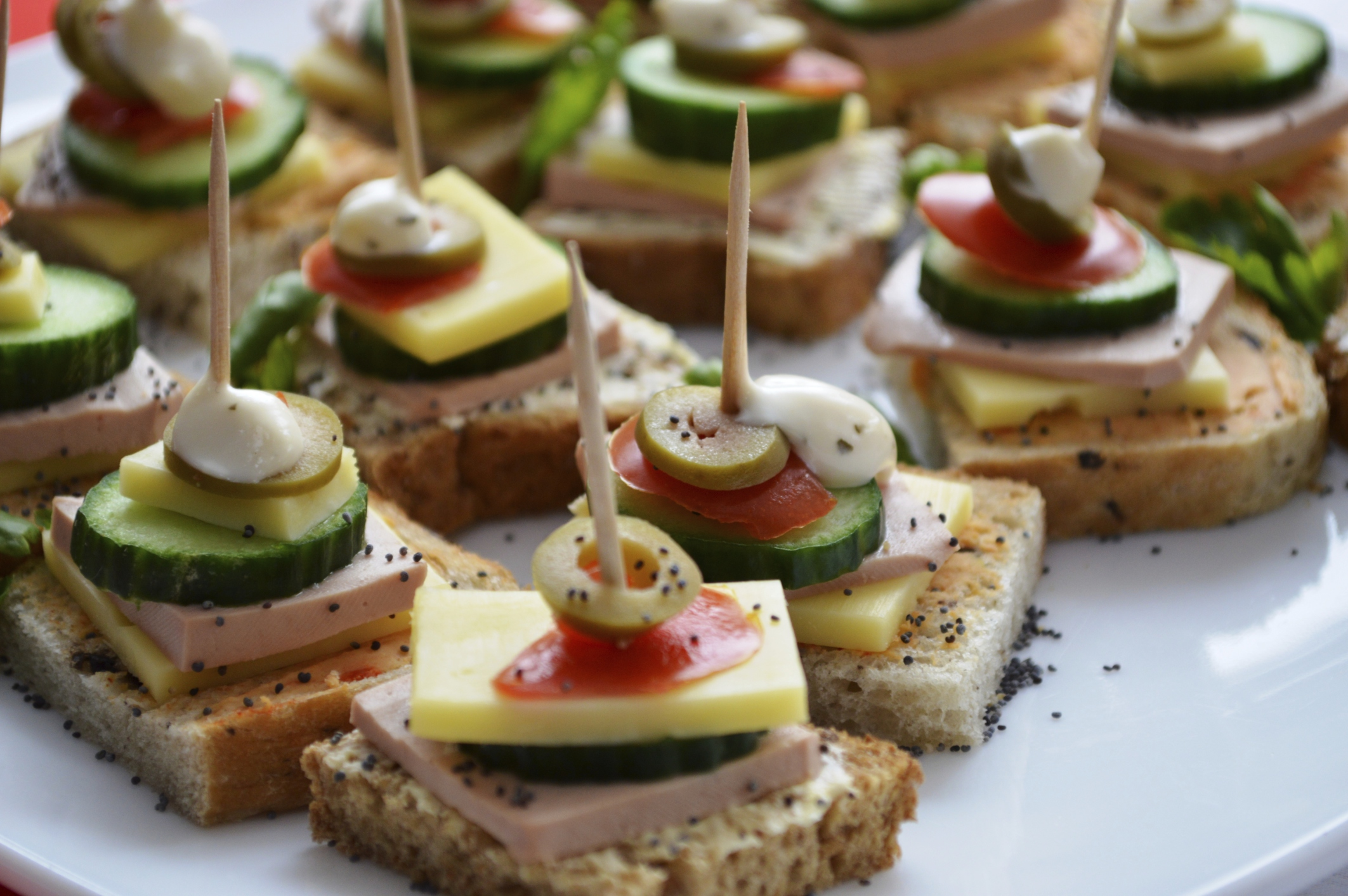 Wedding caterers FAQ  Articles  Easy Weddings