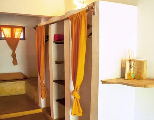 bahati-villa-guardaroba