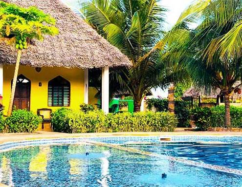 bungalow-davanti-a-piscina-img