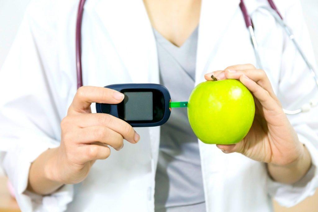 りんごと血圧計