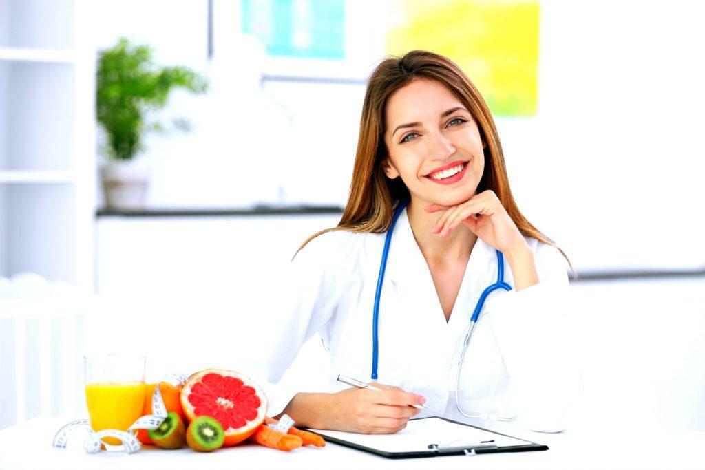 管理栄養士の女性