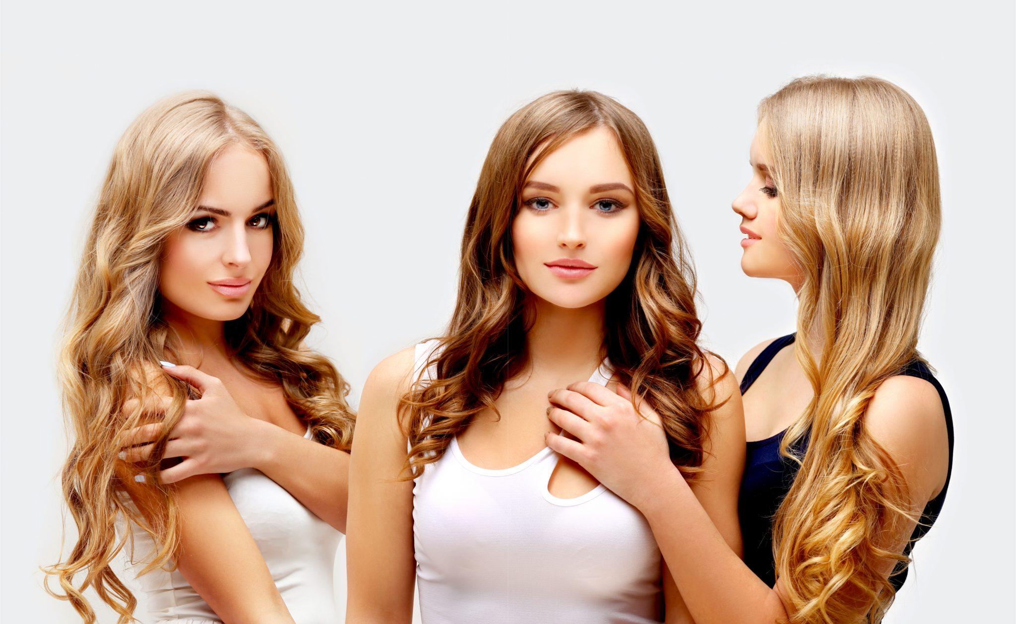 エイジングケアをしている女性3人