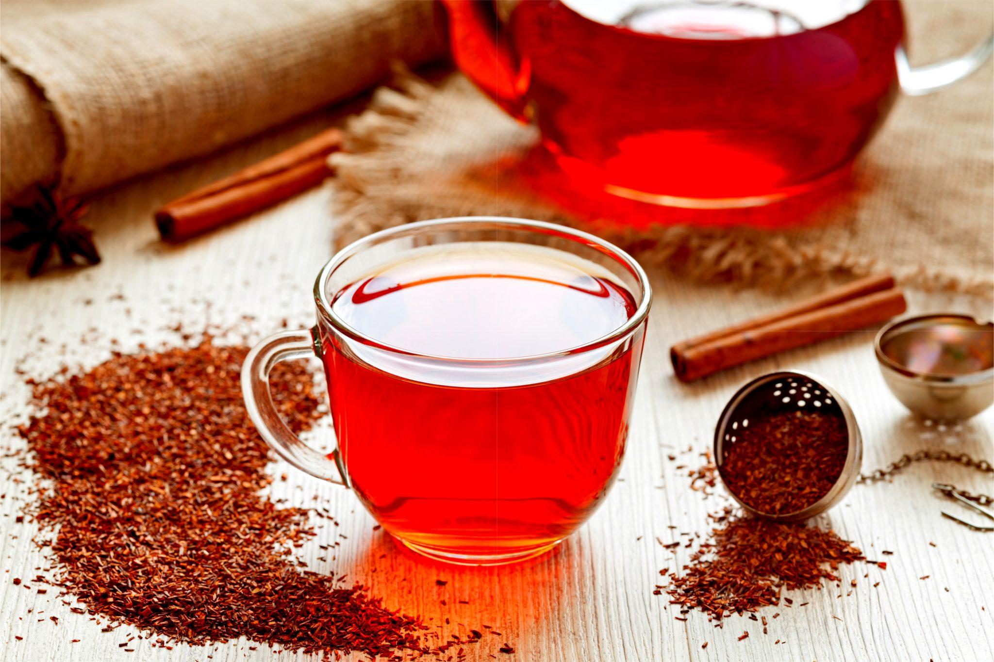 ルイボスティーとルイボスティーの茶葉
