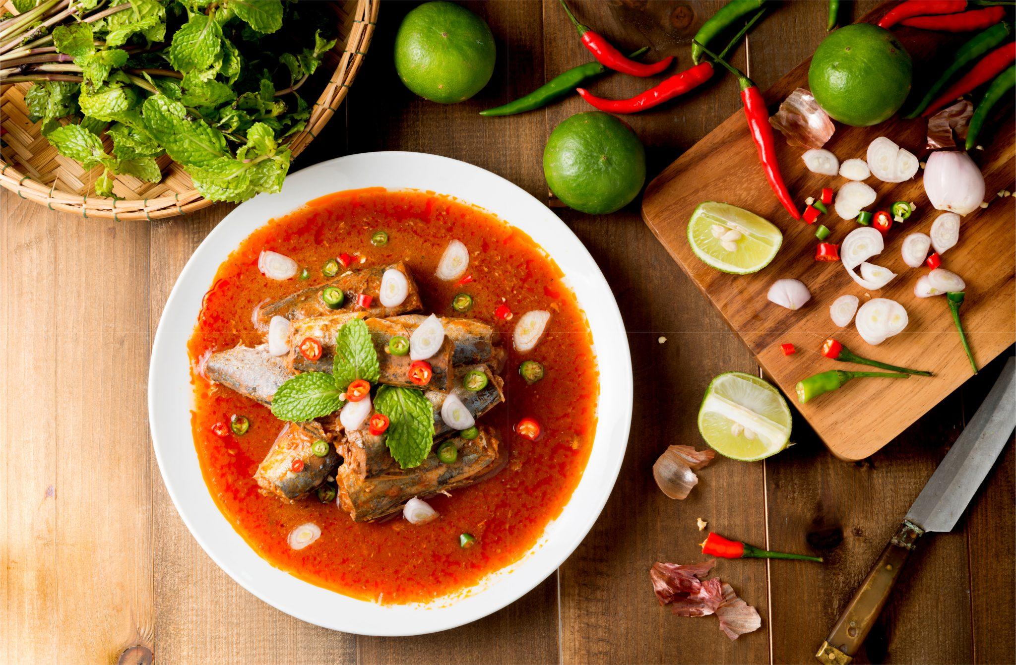 魚の缶詰を使ったスパイシースープ