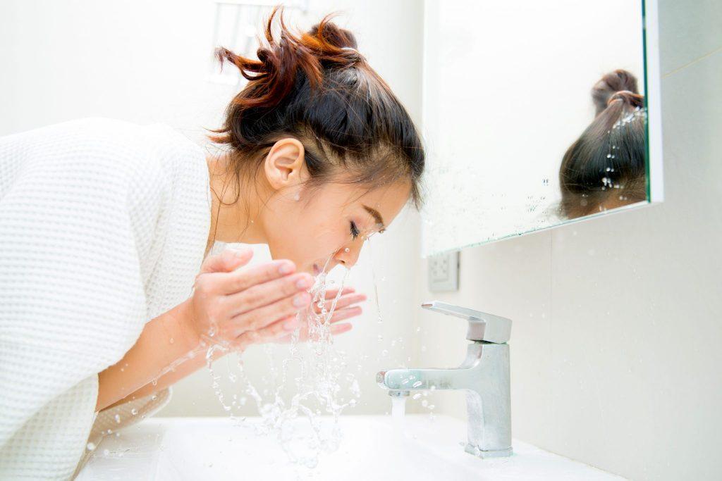 洗顔 洗う