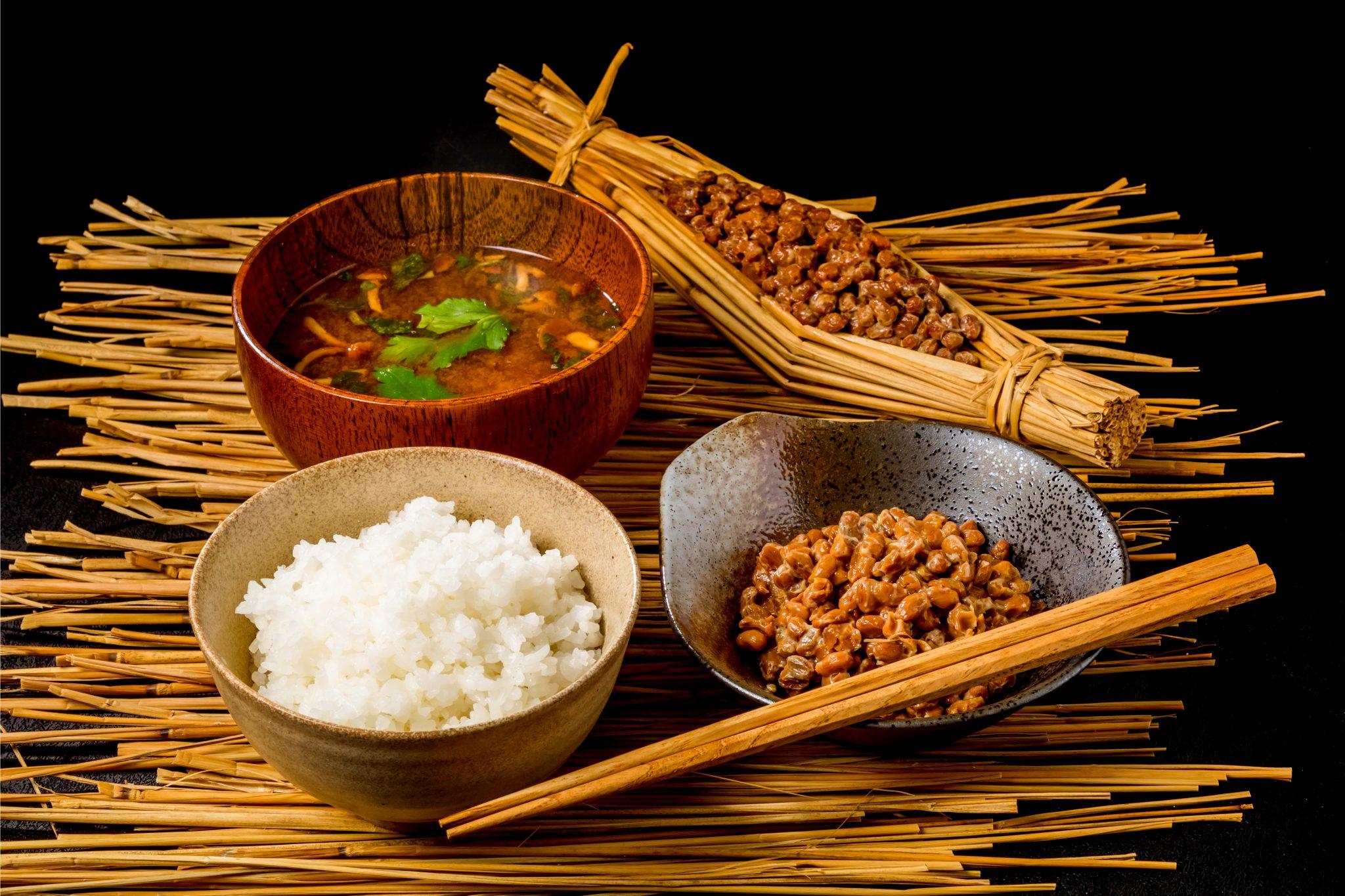 昔の日本の朝食