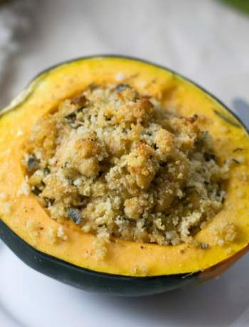Chicken Sausage Stuffed Acorn Squash | https://eatatourtable.com