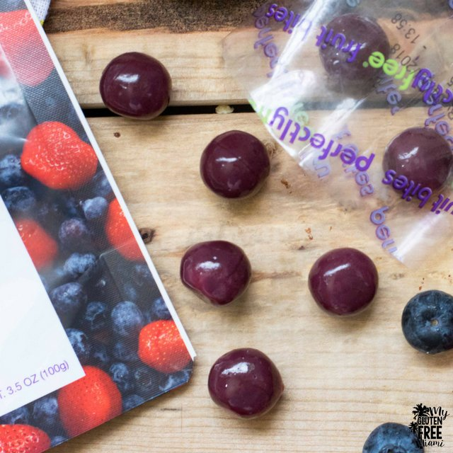 perfectlyfree mixed berry fruit bites