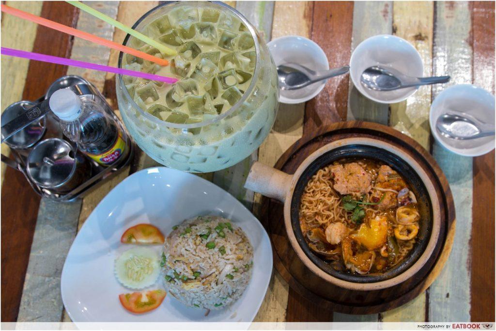 affordable thai food tomyum mama