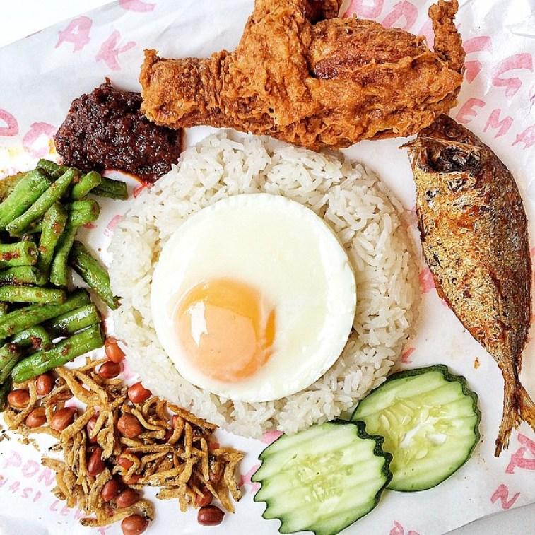 cheap-and-good-nasi-lemak-singapore-2