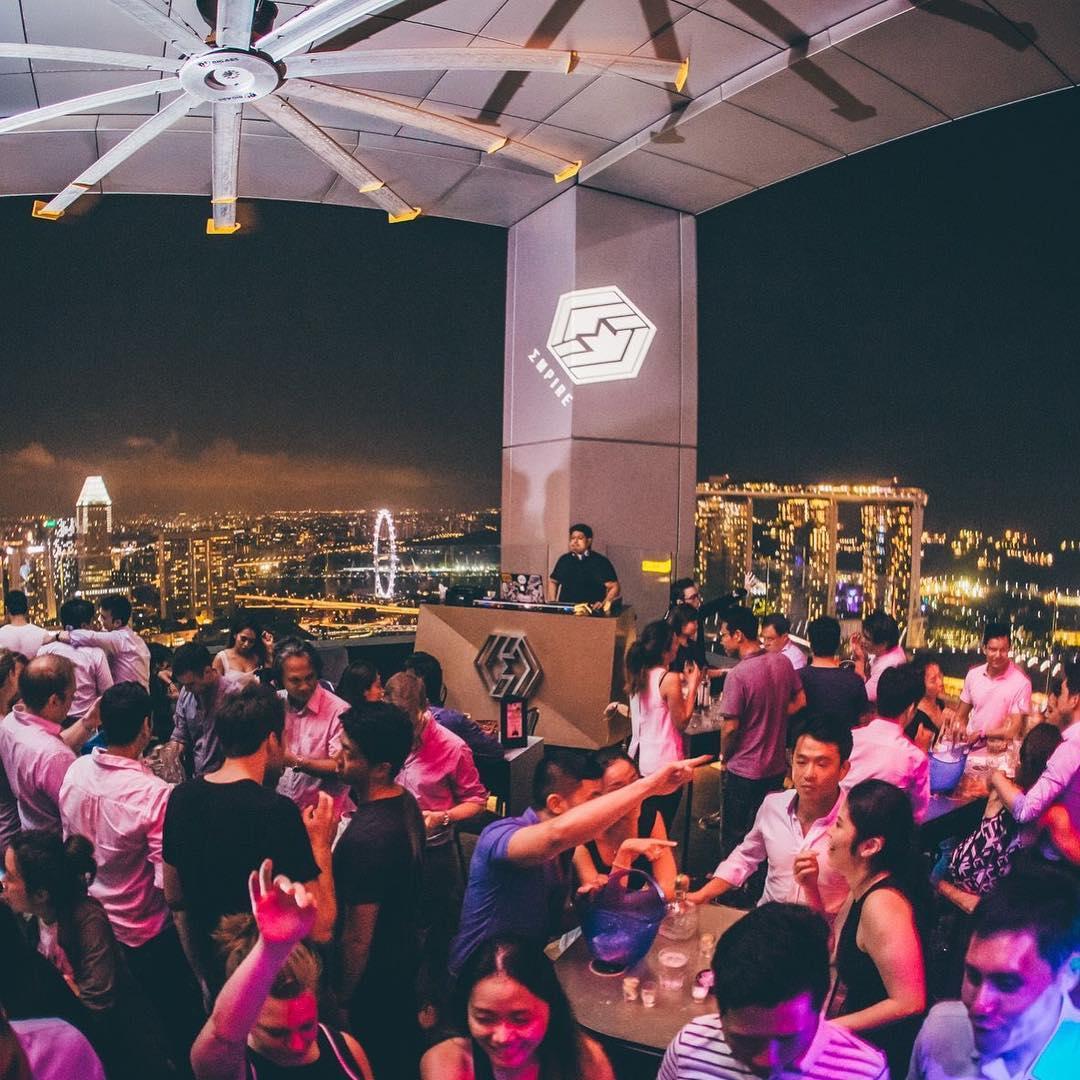 10 Rooftop Bars - Bar Canary