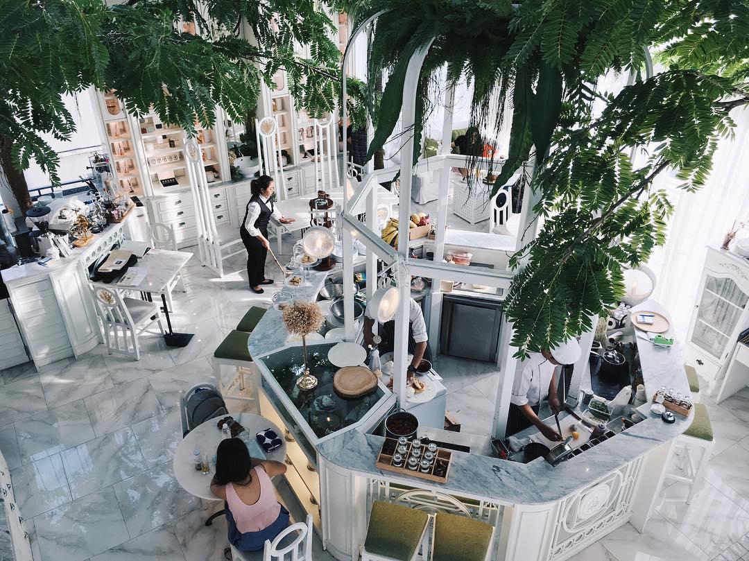 bangkok hipster cafe - organika