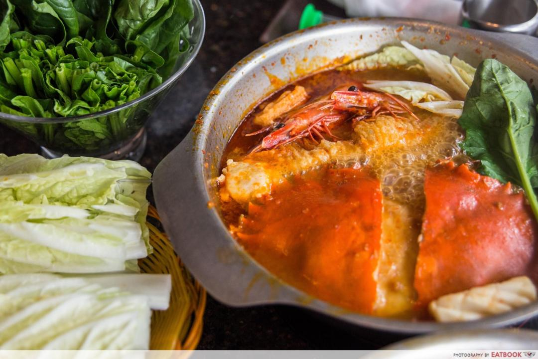 Chilli crab steamboat - chilli crab soup